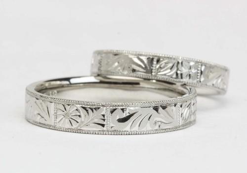 誕生花の結婚指輪☆カービング仕立