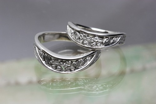 桜彫りの結婚指輪 マーノオリジナル「和桜」茨城県桜川市宝石店