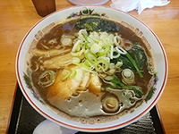大衆麺酒場 ラーメンナカムラ (ブラック白湯ラーメン)
