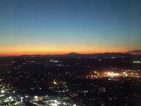 茨城県庁展望台から夕焼けの筑波山を望む!