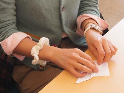 折り鶴制作