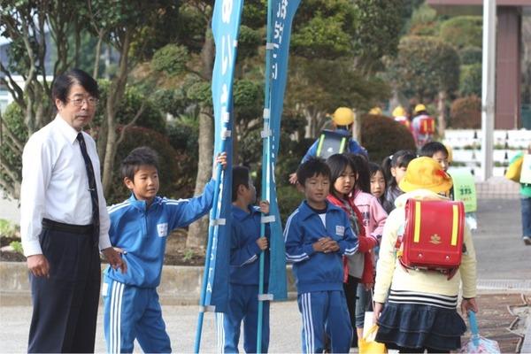 11月のあいさつ運動☆岩瀬小:郊外指導部