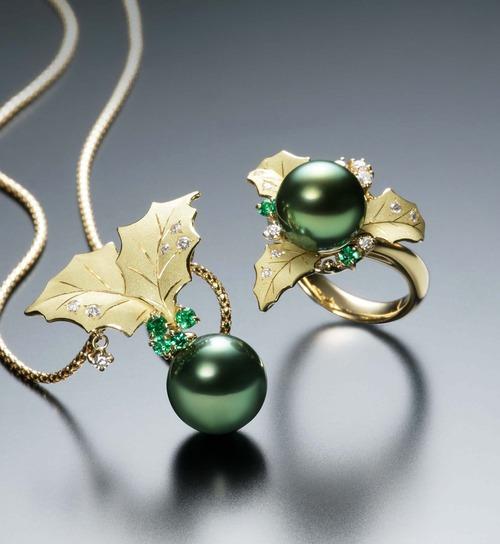 ヒイラギの真珠ジュエリー