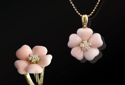 桃色珊瑚のジュエリー