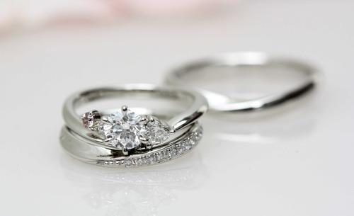 美しいセットダイヤリング