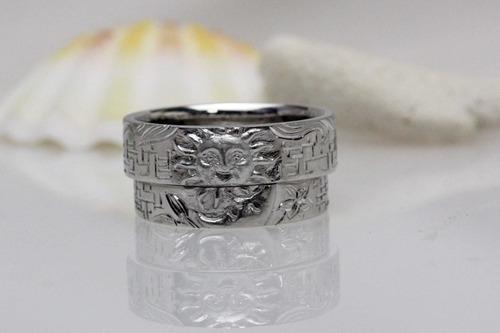 太陽と月 結婚指輪