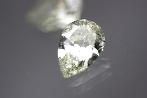 ダイヤモンド3カラットの輝きとは。。
