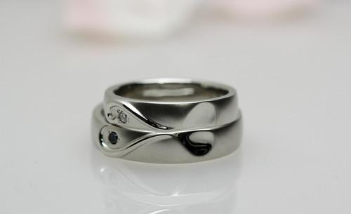 彼女が描いた結婚指輪