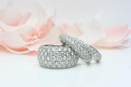 美しきダイヤモンドパベェリング