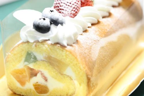 美味しいケーキを頂きました♪