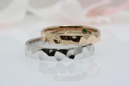 結婚指輪 鎚目(つちめ)文様