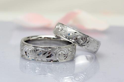スコットランド文様の結婚指輪