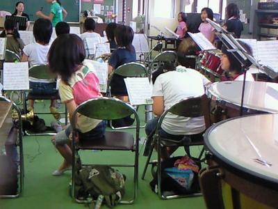 岩瀬小学校ブラスバンドの公開練習日