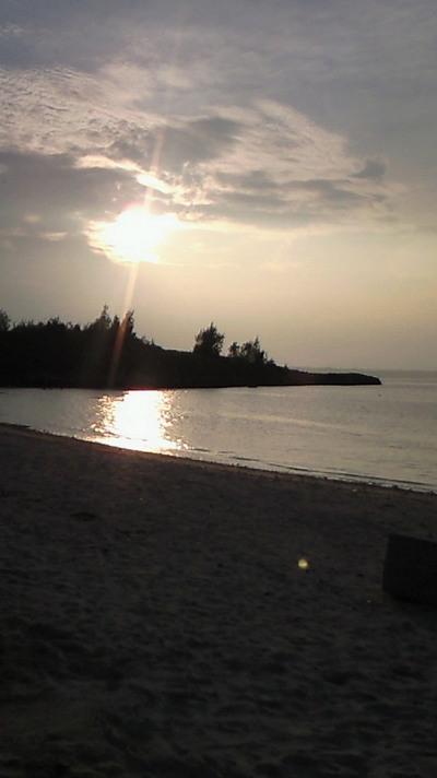 宮古島パイナガマビーチの夕日