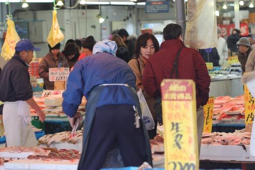お魚市場の盛況☆那珂湊