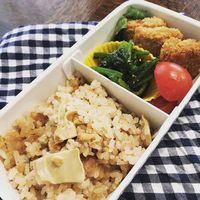 たけのこご飯と大豆カツ弁当
