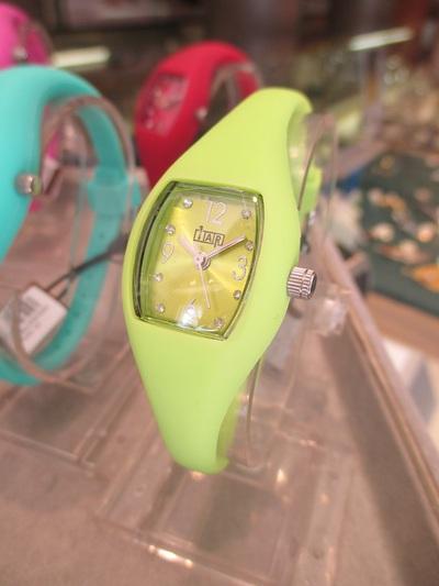 黄緑|ウノアエレ|EASY Watch(イージーウォッチ)