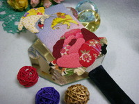 押し絵羽子板「蝶と牡丹」