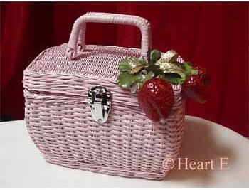 水玉リボンの苺のバスケット[844001]