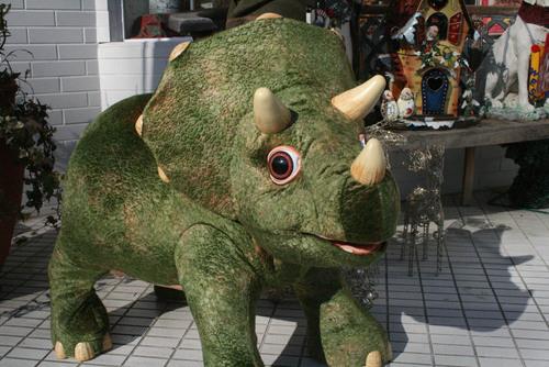 恐竜ロボット【ペット?】