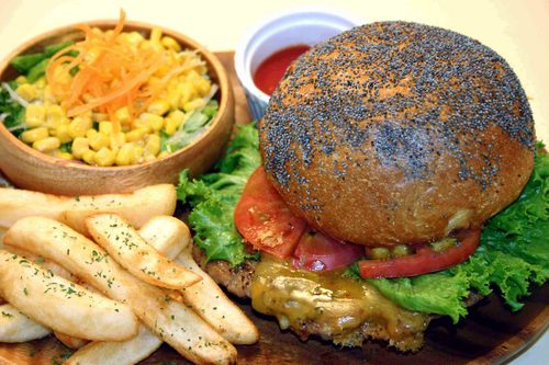 洋食屋のハンバーガー