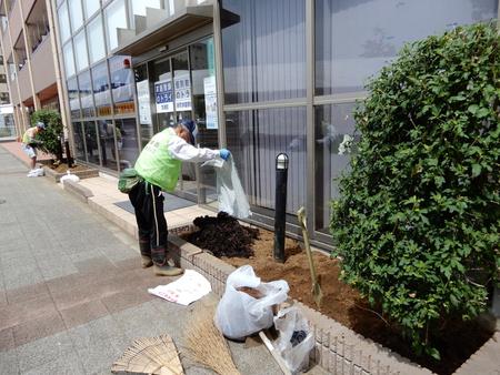 【参加者募集】9/9園芸ソムリエ指導の下、研究学園駅前にお庭を作ります!