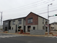 ミートコ新棟。ほぼ完成し外構工事を残すばかり!