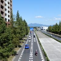 【筑波山02】筑波山の見える風景をシリーズ化(道と筑波山)