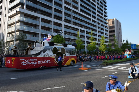 「まつりつくば」ディズニーパレードに大感激。そしてブルーベリーが載ったかき氷!