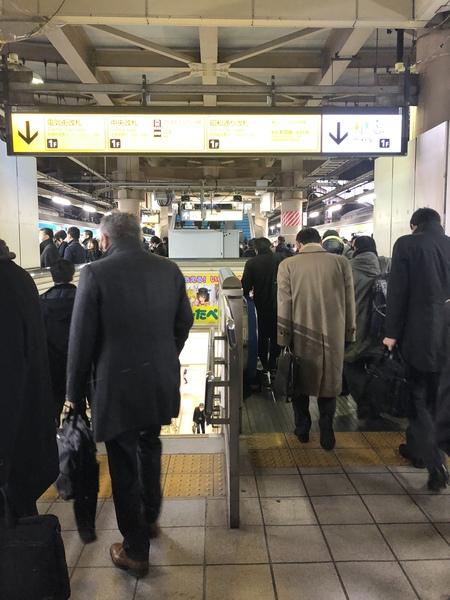 秋葉原駅京浜東北線にもホームドアの設置が始まった!