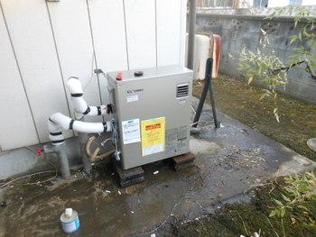 水道凍結ヒーターに修理ボイラ直し交換