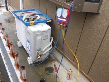 無料エアコン ガス圧チェック診断いたします