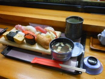 御招待ランチ魚忠お寿司グルメです